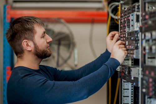 VDE Prüfung Serveranlage Berlin